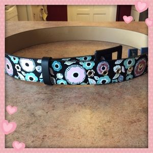 💕NWT Libby Edelman Embroidered Floral Belt💕